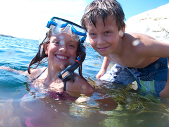 Snorkling children